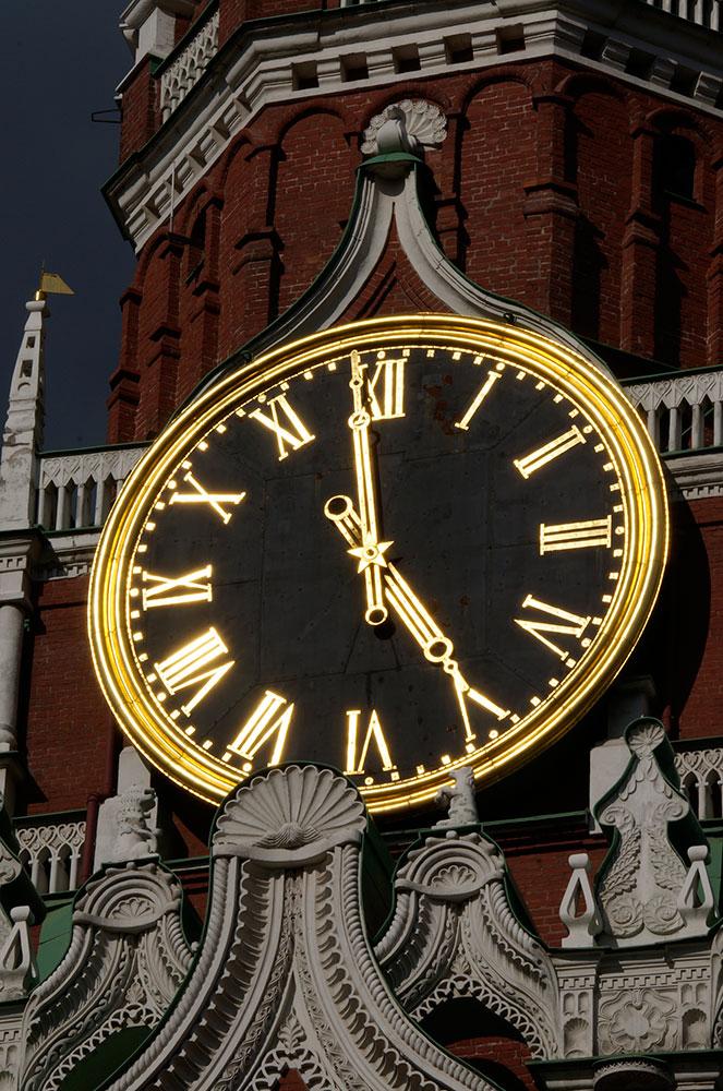 Достоинства новейших часов модели